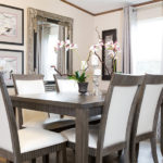 TRUMH SATISFACTION Mobile Home Dining Area