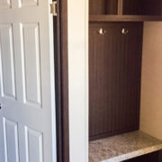 Fleetwood Eagle 32623E Mobile Home Foot locker in hallway