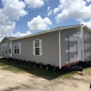 Used-512168722-Exterior 2