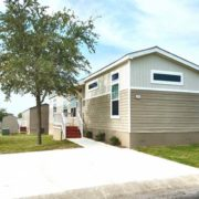 used home-910477567-Exterior